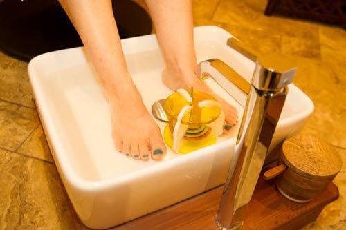 ionic detox foot bath